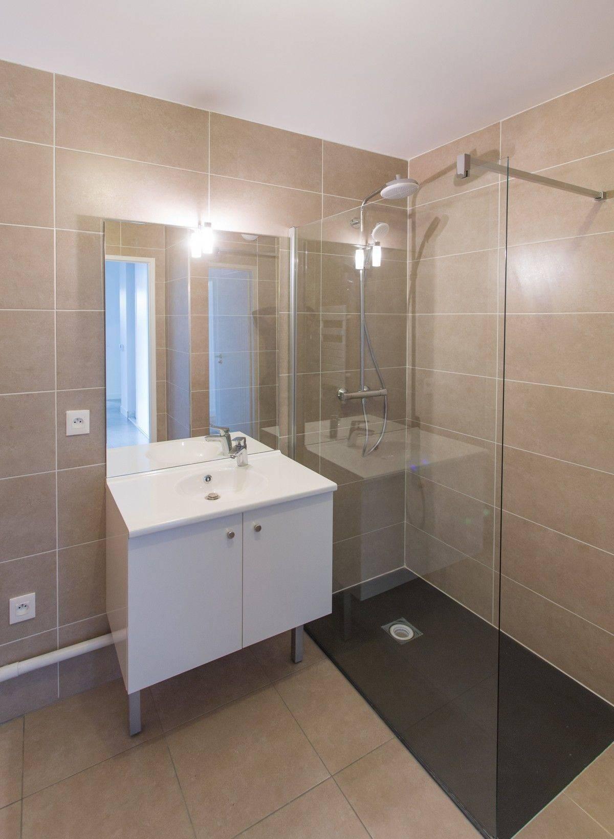 Cout pour la renovation d 39 une salle de bain bordeaux - Cout d une salle de bain ...