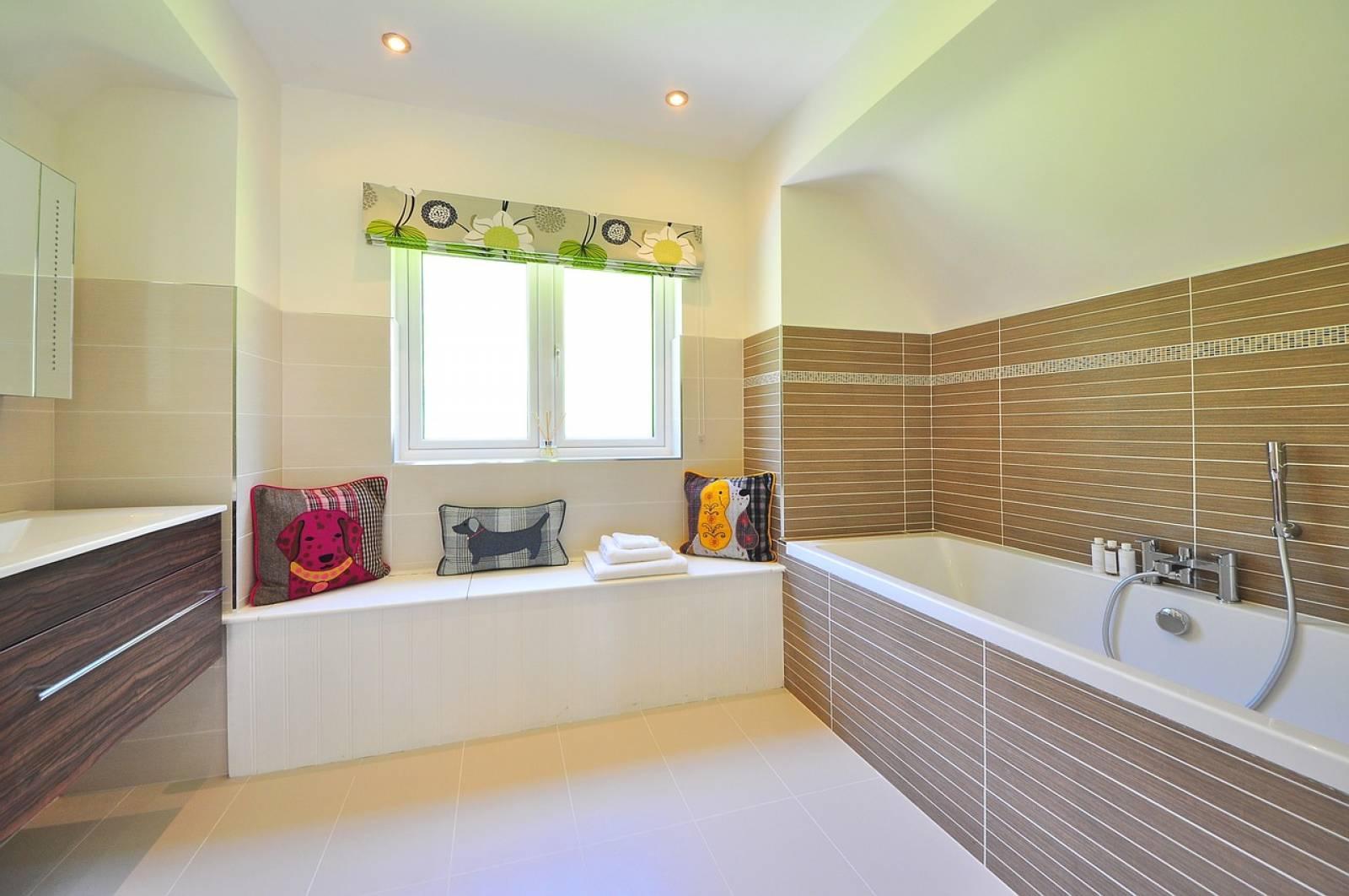 Entreprise Renovation Salle De Bain Bordeaux plombier pour rénovation de salle de bains en gironde - hatech